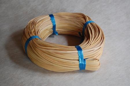 Stoelmatters wikkelband 5mm  rol  250 gram  per rol