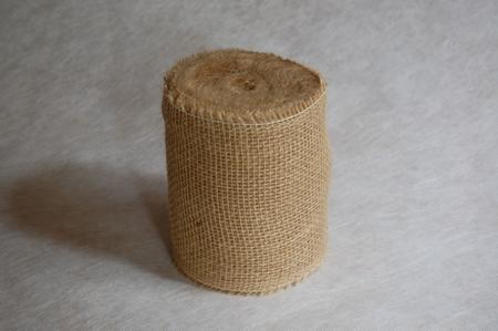 Jute weefsel 185 gr/m2  breed 15 cm op rol 25 meter  per rol