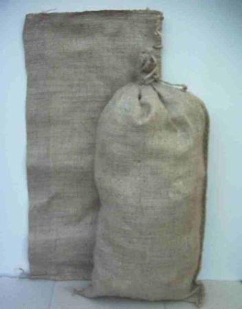Jute zak 30 x 60 cm met aangestikt koordje ; Nato zandzak  per stuk