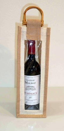 Wijntas van jute voor 1 fles met venster en rotan handvat  per stuk