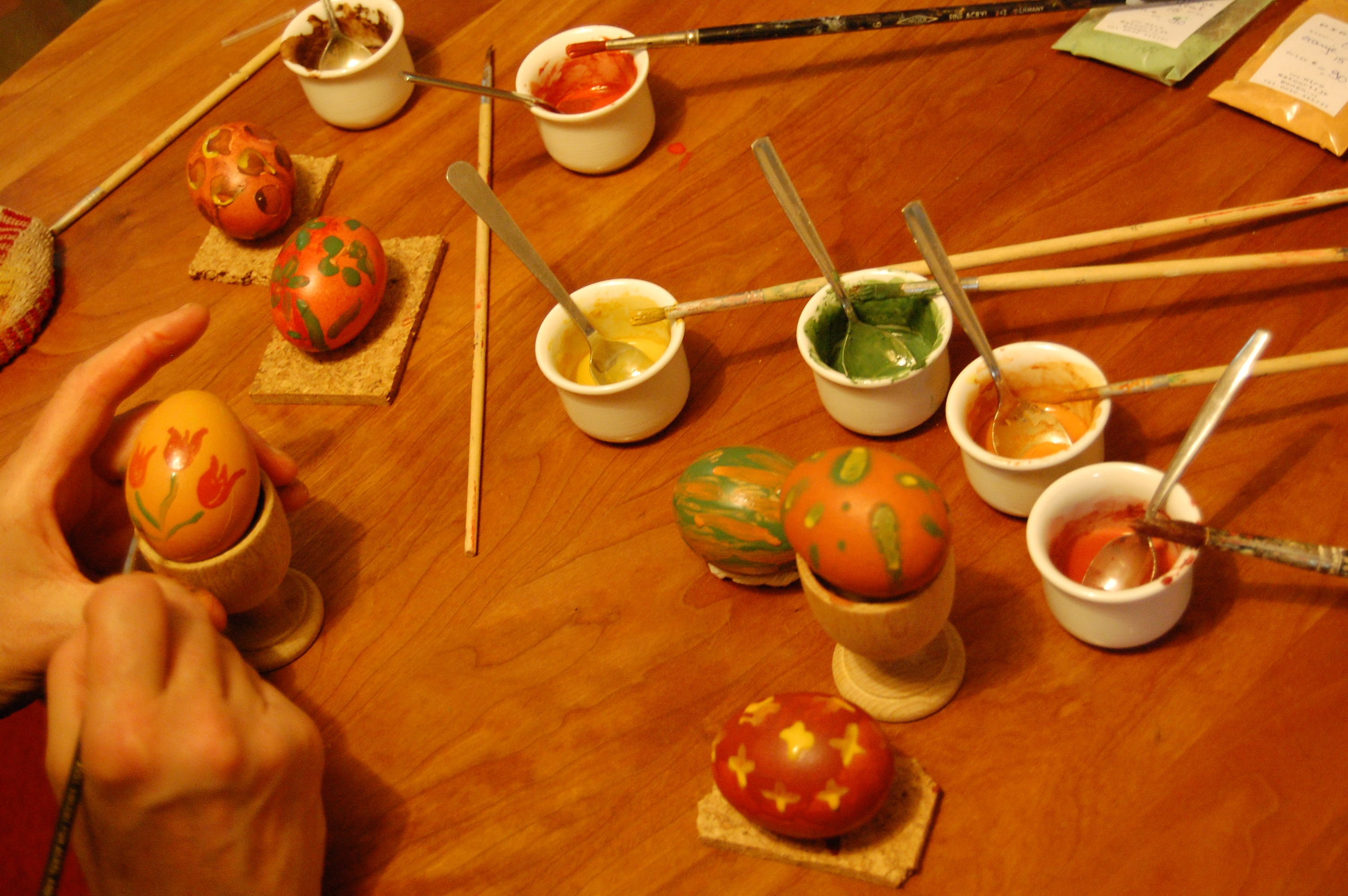 Hiro Paaseierverf set met 5 kleuren en gebruiksaanwijzing