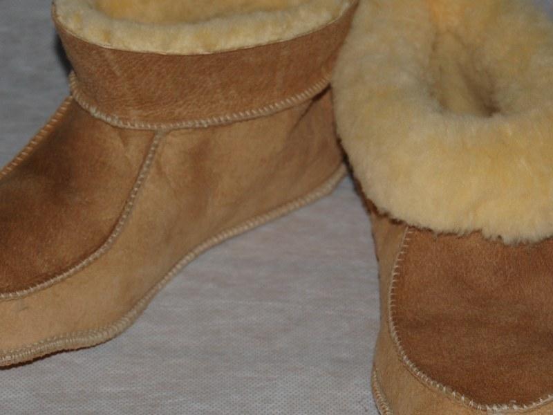 Pantoffel lamsvacht met bontrand maat 43-46