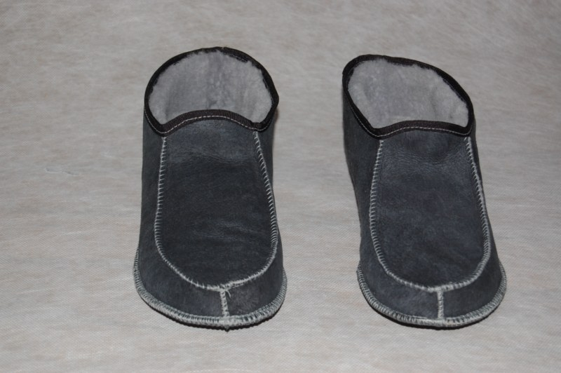 Pantoffel lamsvacht zonder bontrand maat 47- 50